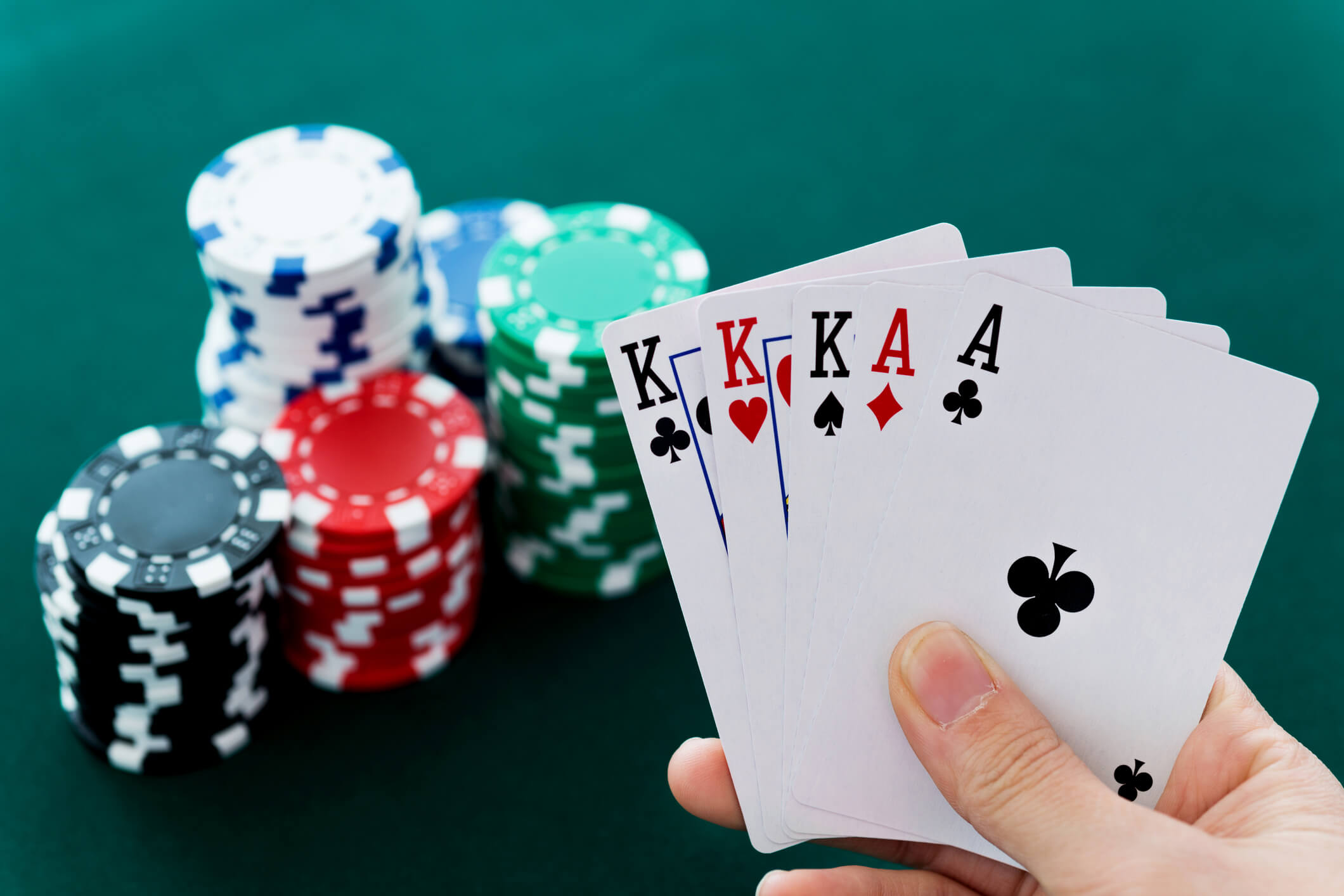 Strategies to Win Playing Online Slot Gambling With Minimum Capital