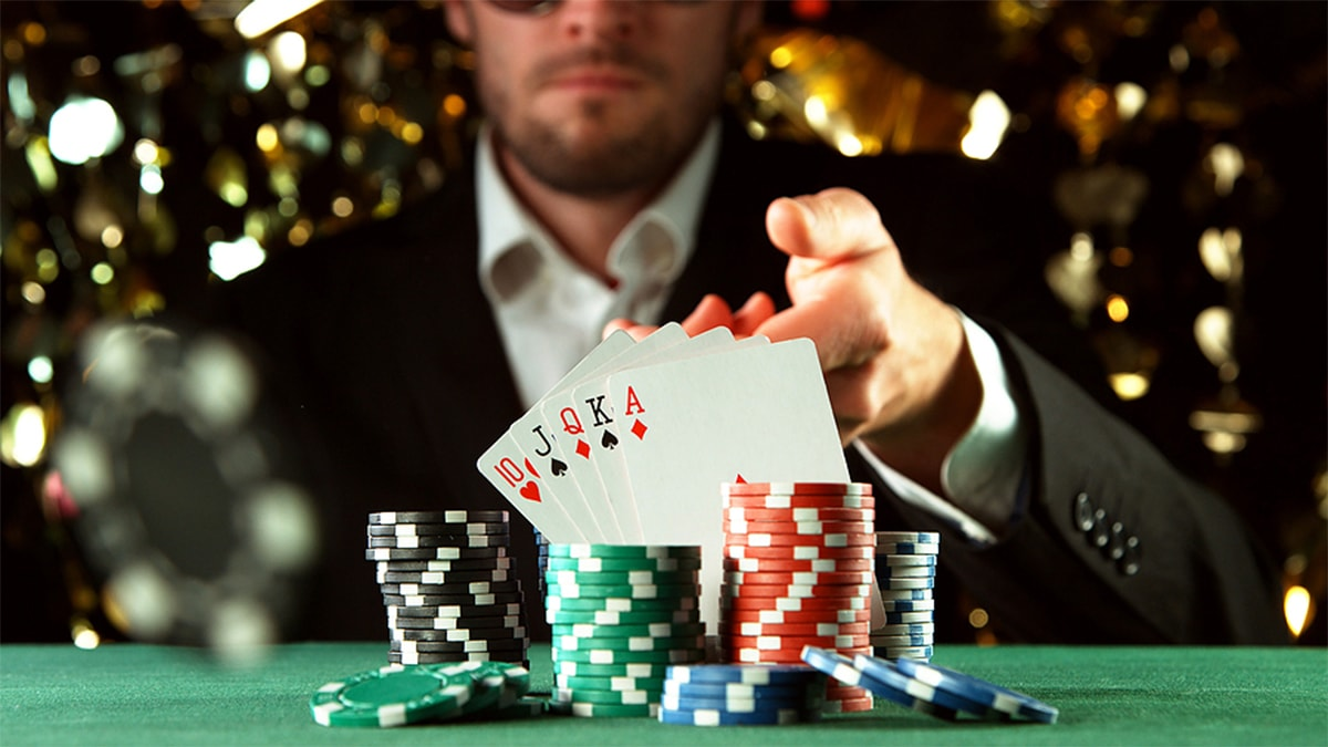 Things that refer to online gambling players to play online gambling forever