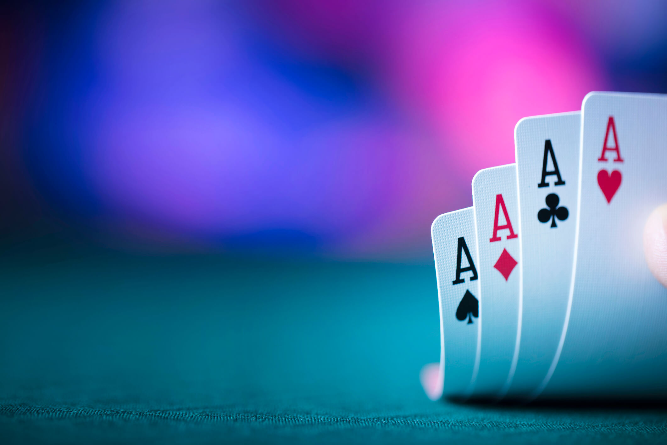Explore Myths in Online Poker Gambling Games
