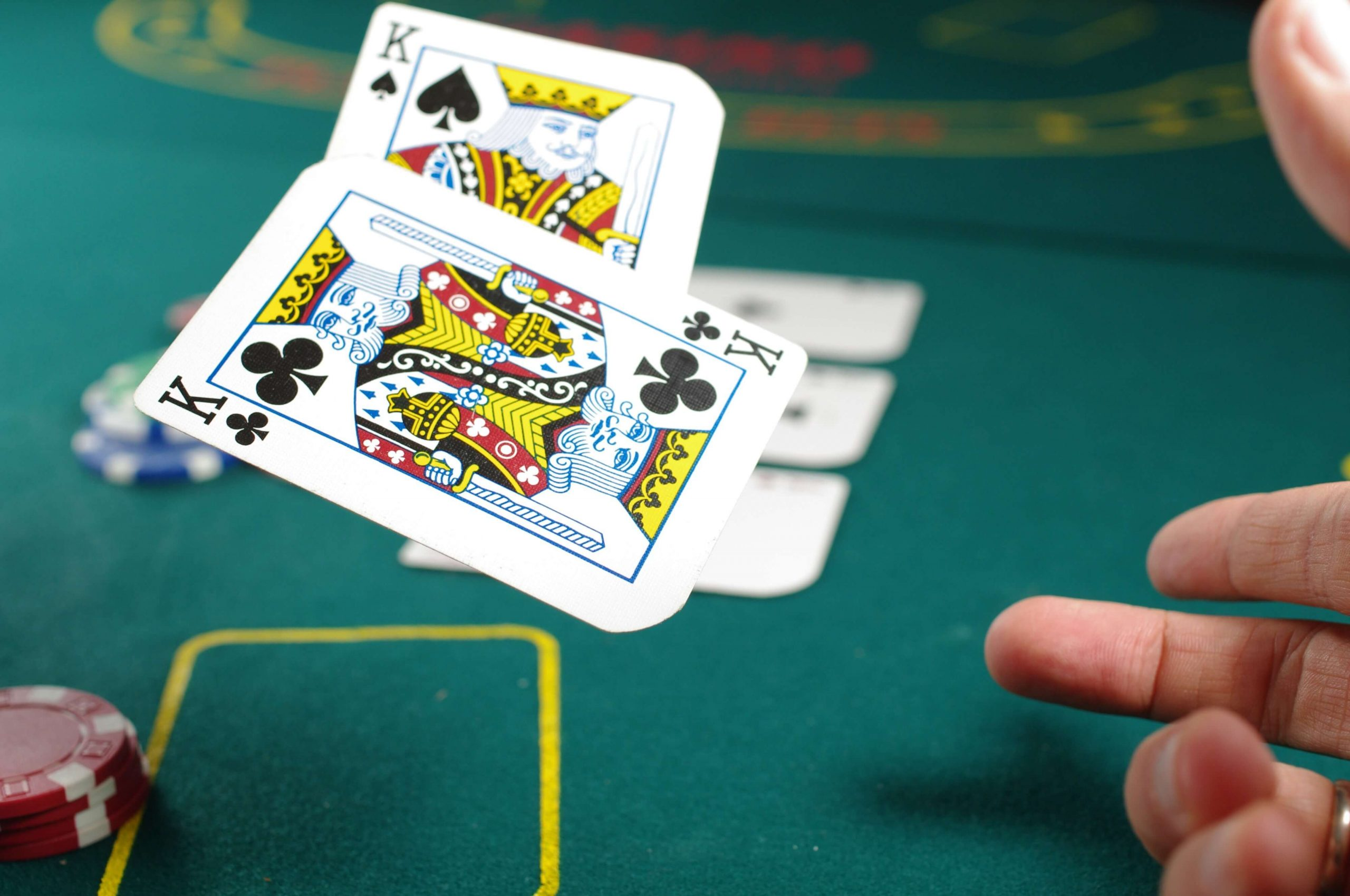Fatal Mistakes When Playing Poker Gambling