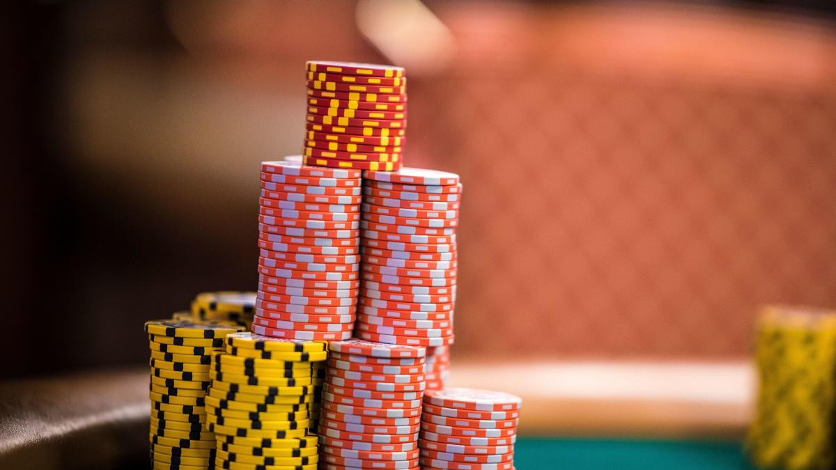 How to Get Rich From Online Poker Bookie Gambling
